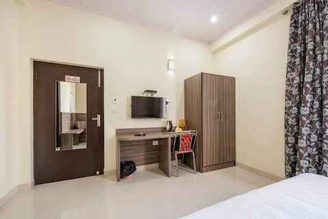 Two Rooms Suite for a Group Stay in Jaipur