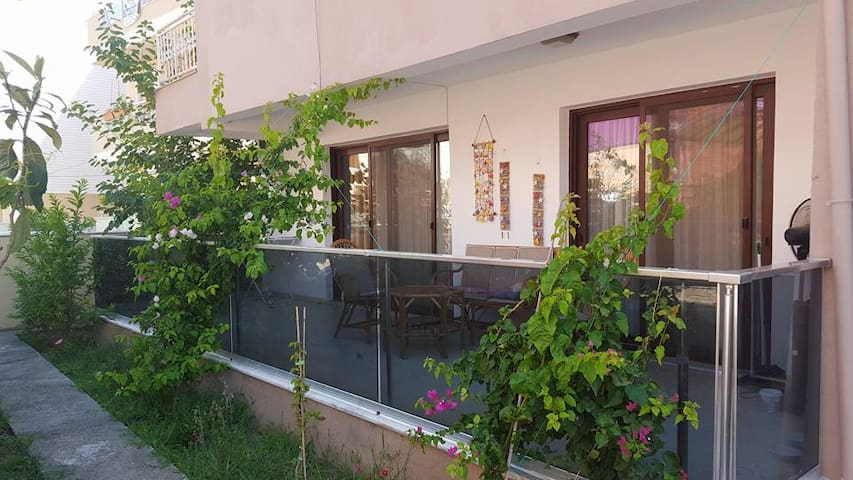 Fully furnished flat, 100 m from the sea - Marmaris - Appartement