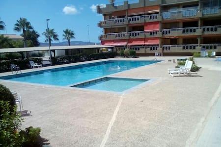 3hab 6camas,2baños,piscina y garaje - Cartagena