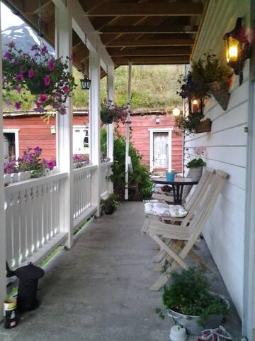 Bakken, privat rom i Volda