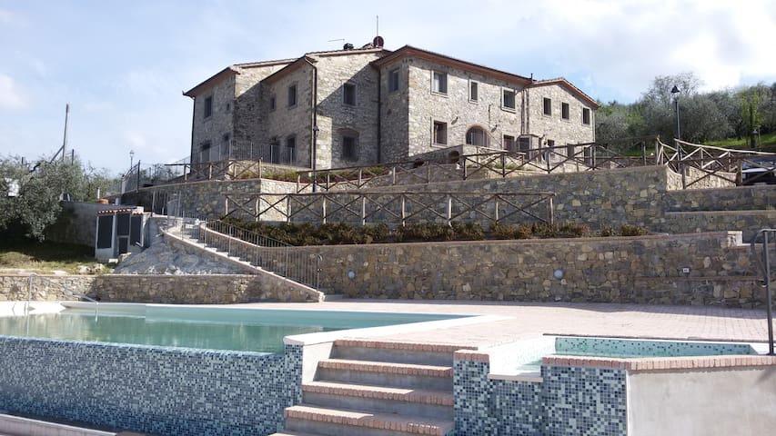 Apartment Cipresso 2-4 p Farmhouse Sasso Regino - Tacinaia - Apartment