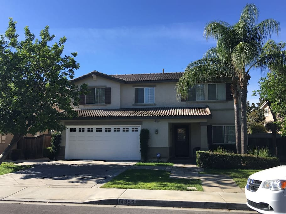 Rooms For Rent In Fontana