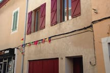 Maison de ville à étage- Rue calme