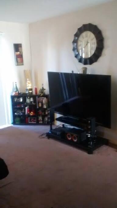 Family Room - Flat Screen TV