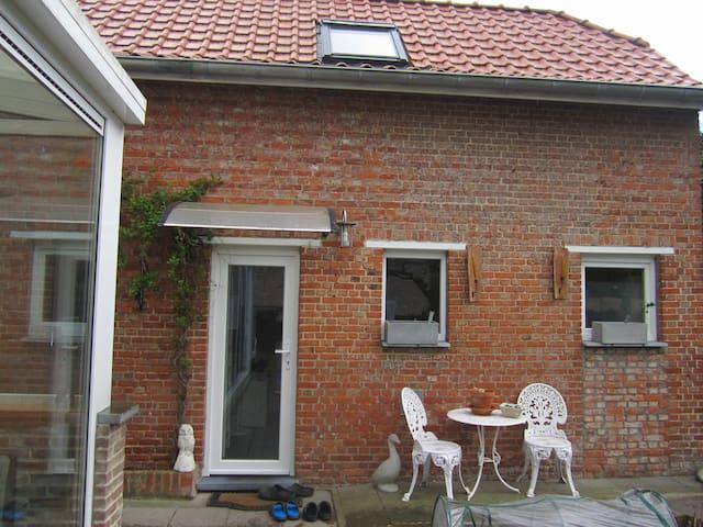 Aparte ruimte,openheid,rust - Belsele (Sint-Niklaas) - Srub