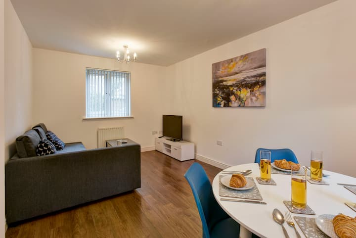 ☆ Stunning 2bed apartment nr Centre FREE PARKING ☆