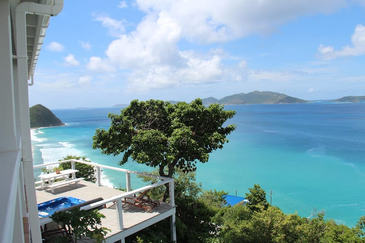Spectacular views of Long Bay and Apple Bay.