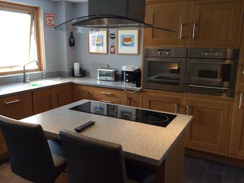 Deluxe 2 bedroom appartment