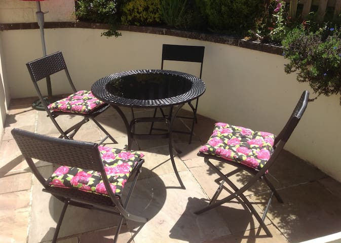 St. Brelade - garden apartment.