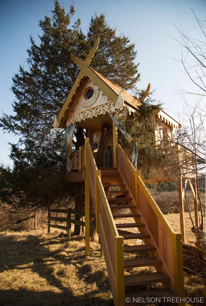 SpiritHouse Treehouse