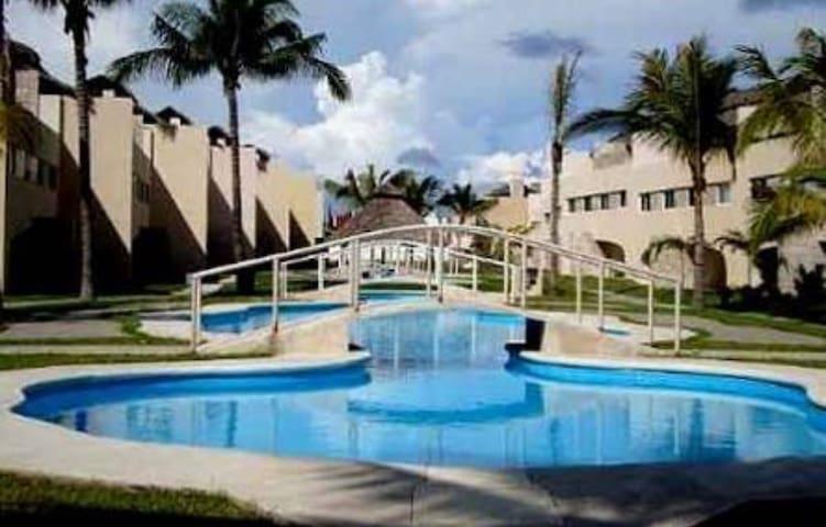 Hermoso Departamento en BANUS Residencial - Acapulco - Appartement