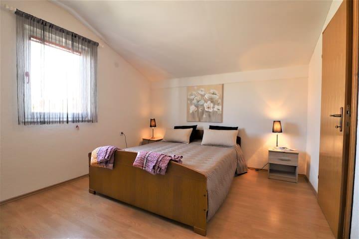 Apartment Emira 2
