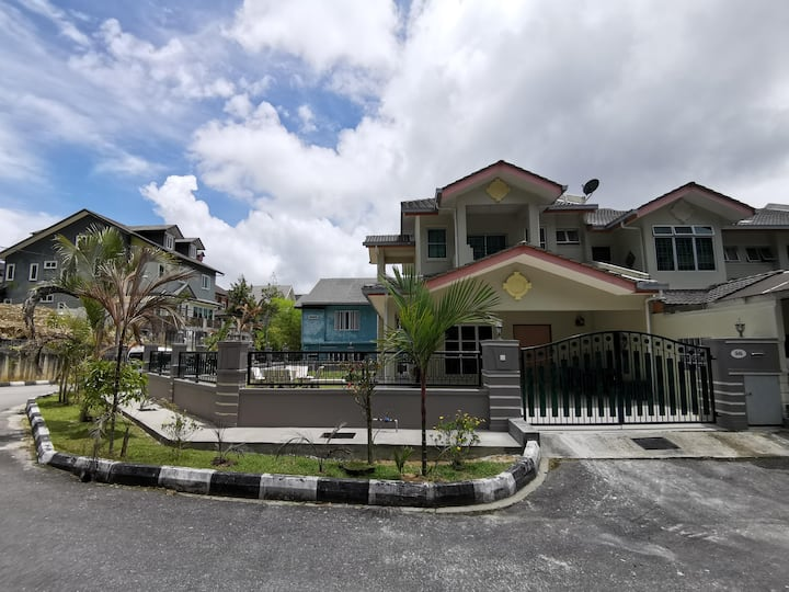 Double Storey @ Cameron Highlands