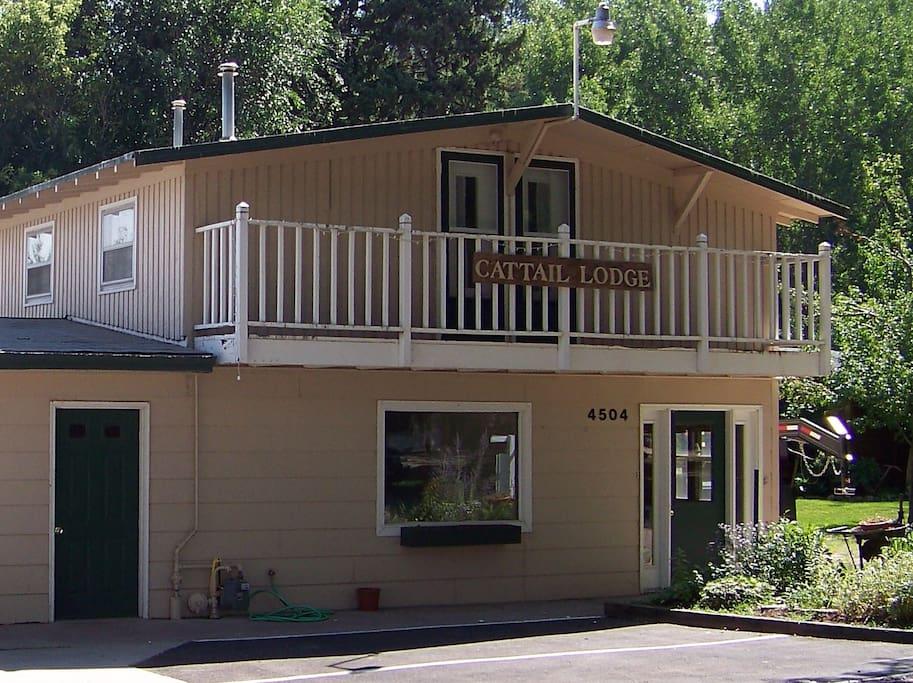 Cattail Lodge At Canyon Lake Resort Houses For Rent In