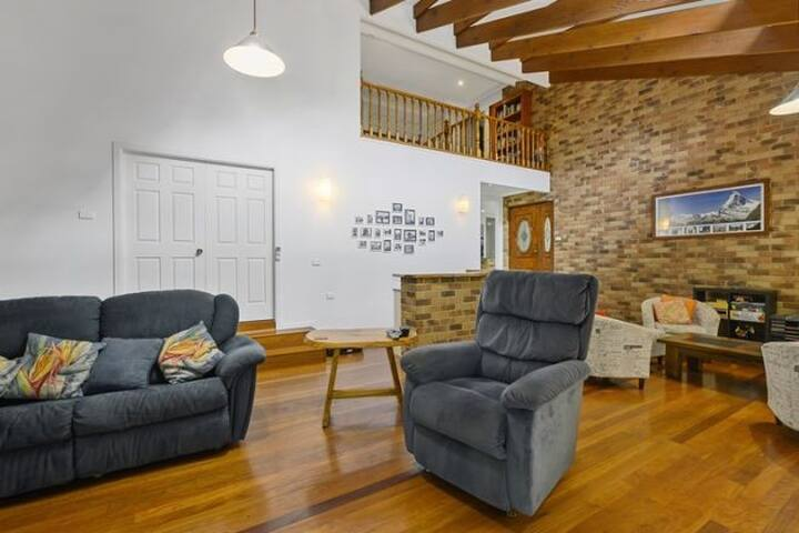 Coffs Harbour-Moonee Beach Spacious Holiday House