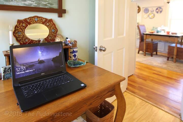 Workspace w/ high speed WiFi