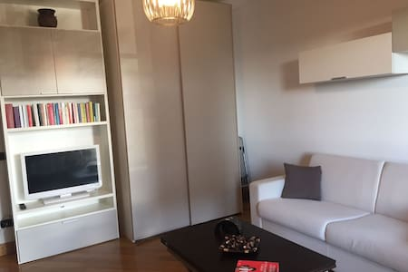 Eur Torrino Studio Apartment