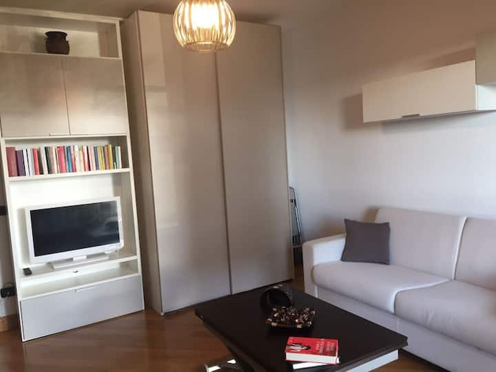Eur Torrino Studio Apartment