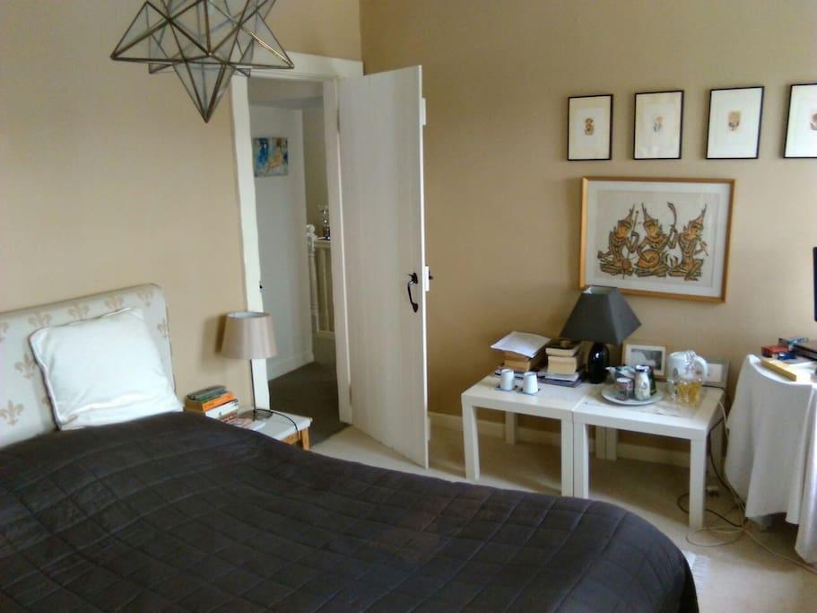 The kingsize/twin bedroom