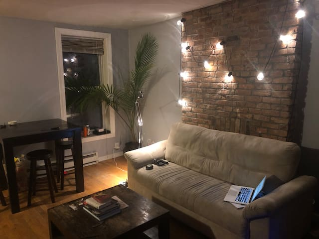 Charming Brooklyn Room Minutes From Manhattan