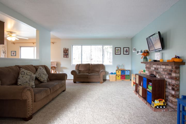 Family-friendly 3 Bedroom
