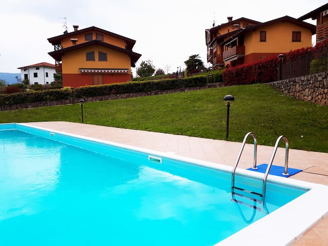 Residence Roccolino with swimming pool.