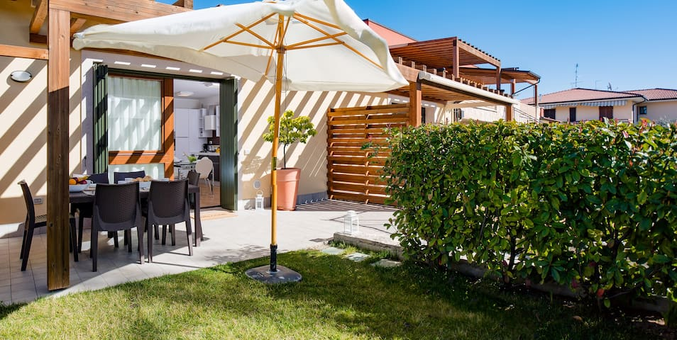 New apartment with private garden and pool - Bardolino - Apartment