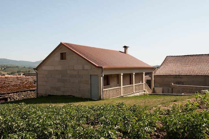 Casa das Gêmeas - Mourilhe - Hus