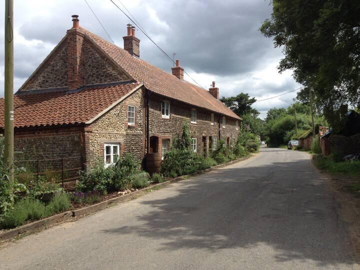 Oak Cottage,   Luxury traditional cottage