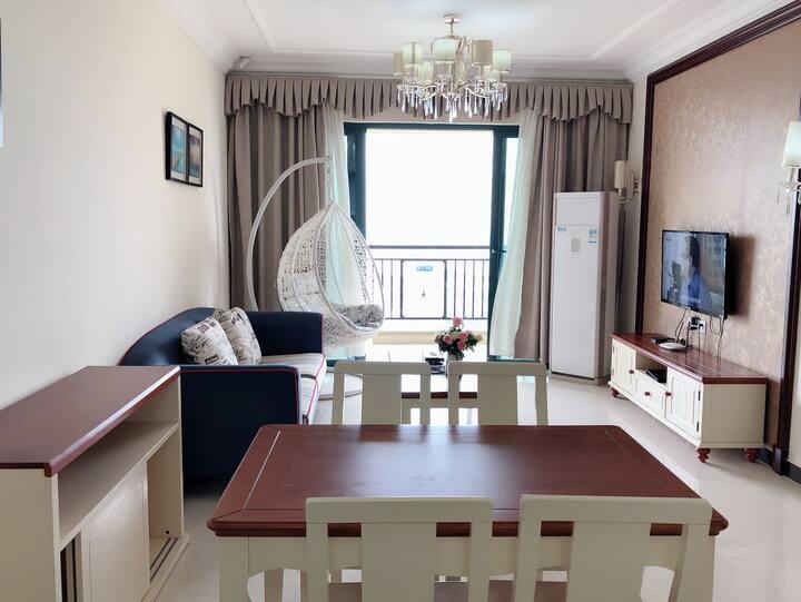 可月租  海陵岛恒大御景湾高层海景2房一厅(免费停车)