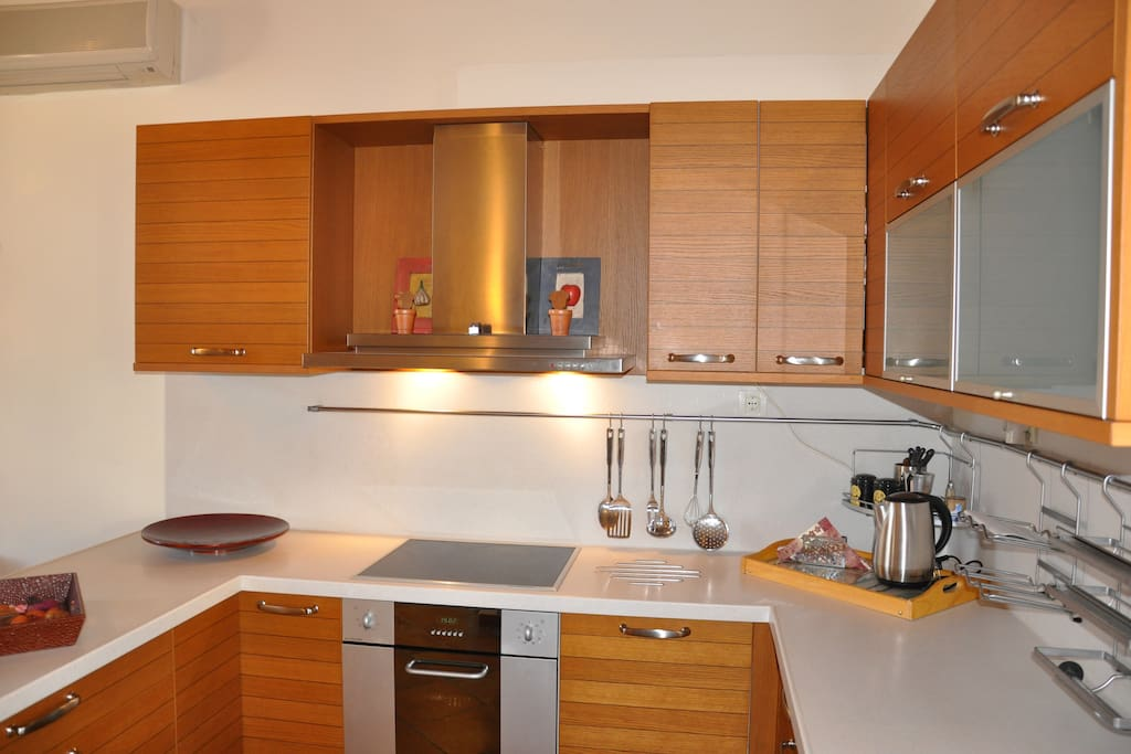 Tidied up on top of luxurious Corian solid surface