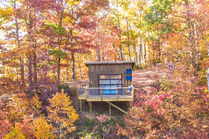 Pisgah Highlands off grid cabin - Candler