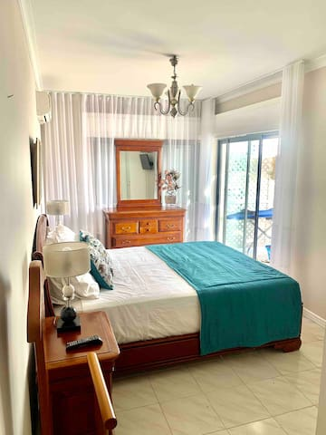 Master bedroom with direct access to terrace