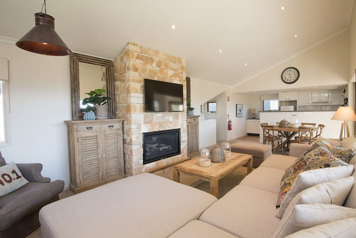 The Stables Resort Perisher - Family Chalet 27