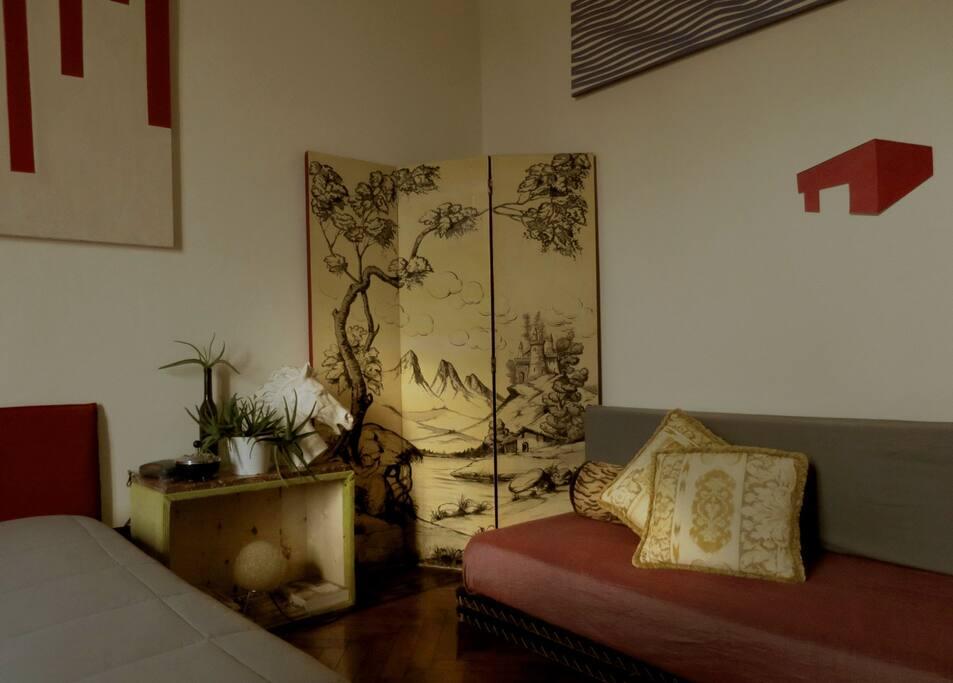 Main bedroom: third bed