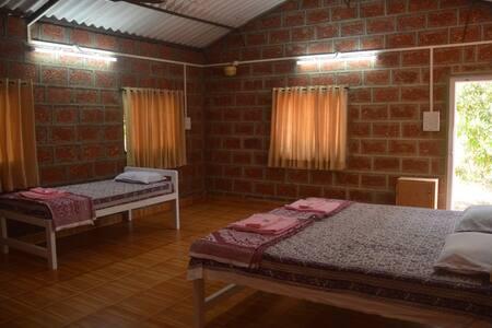 Jungle Book Konkan - Agro Tourism 1 - Ratnagiri - Bed & Breakfast