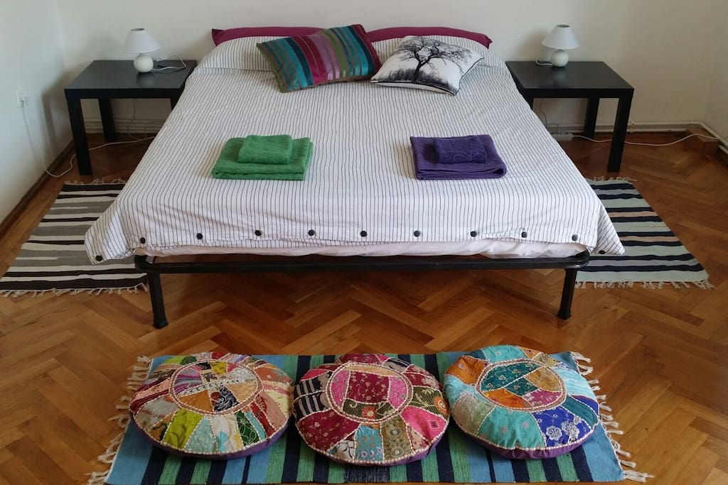 New comfortable queen size bed