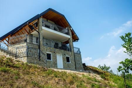 Villa Ostrovica