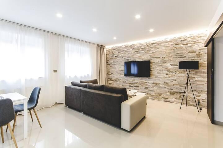 Premium apartment in great location