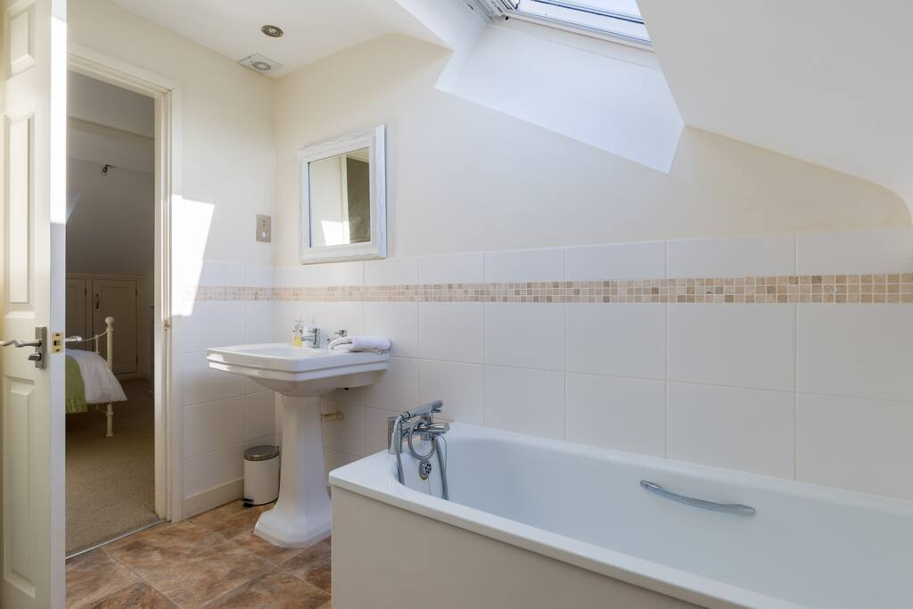 Ensuite with large bath.