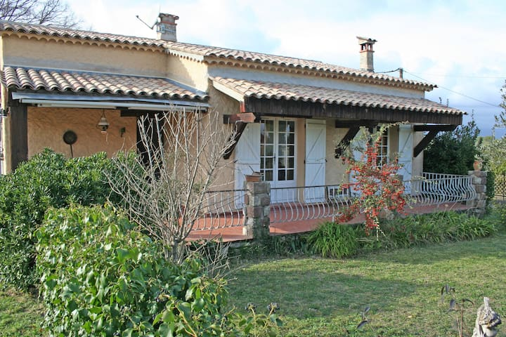 Maison 4 pièces avec jardin - Saint-Paul-en-Forêt - Casa