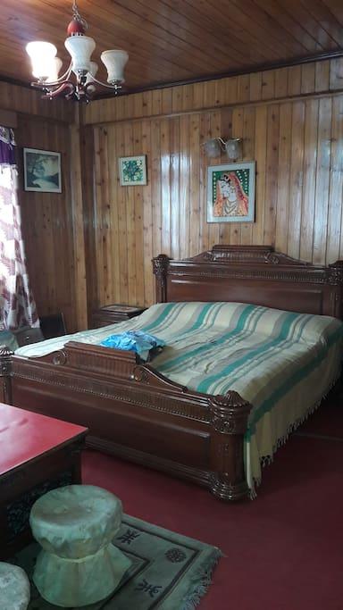 1super dlx room @3500rs