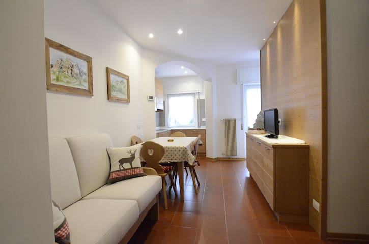 K102 apartment in the central area - 4 beds - WIFI