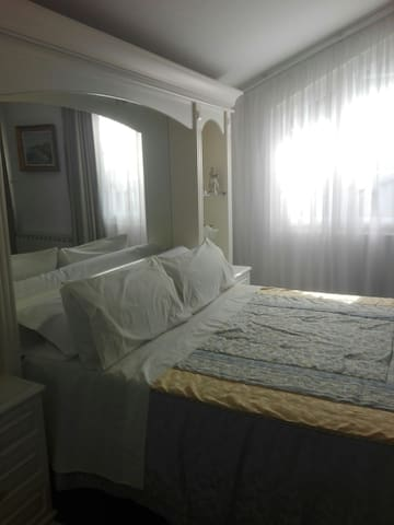 habitaciones..dobles  En chalet - Santiago de Compostela - Haus