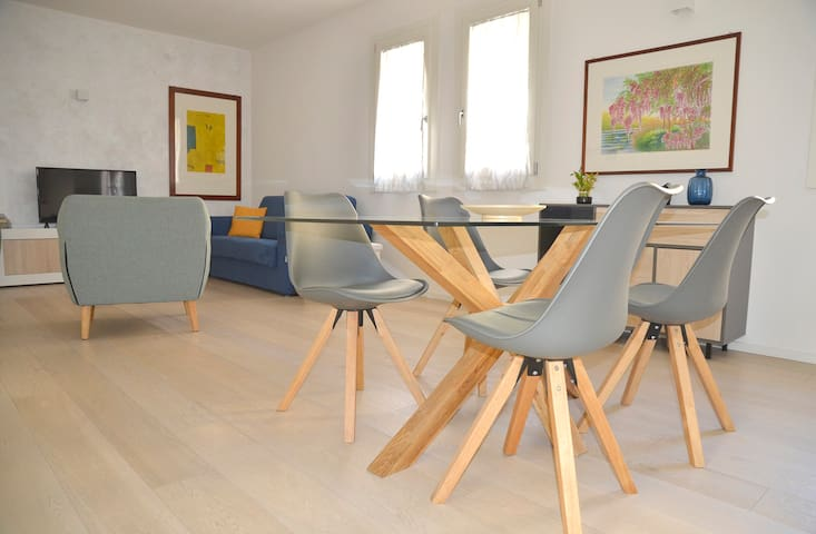 Beautiful modern flat in central Vicenza!