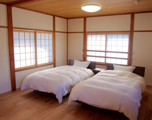 Stay in a temple in Yoshino, the 2nd floor - Yoshino-chō - Bed & Breakfast