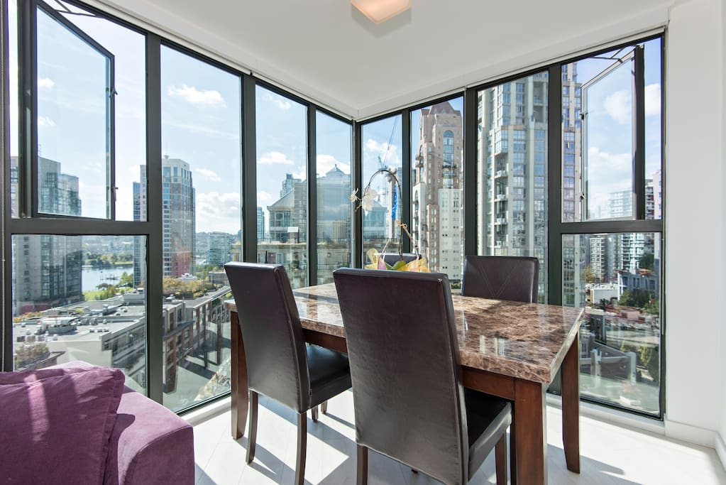Dining area with a great view of Yaletown and False Creek marinas