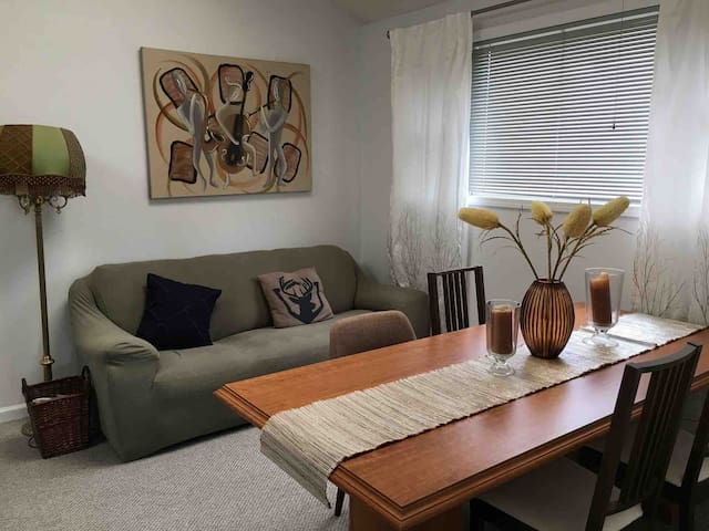 Spacious Modern 2BR | Vibrant Southport 'hood