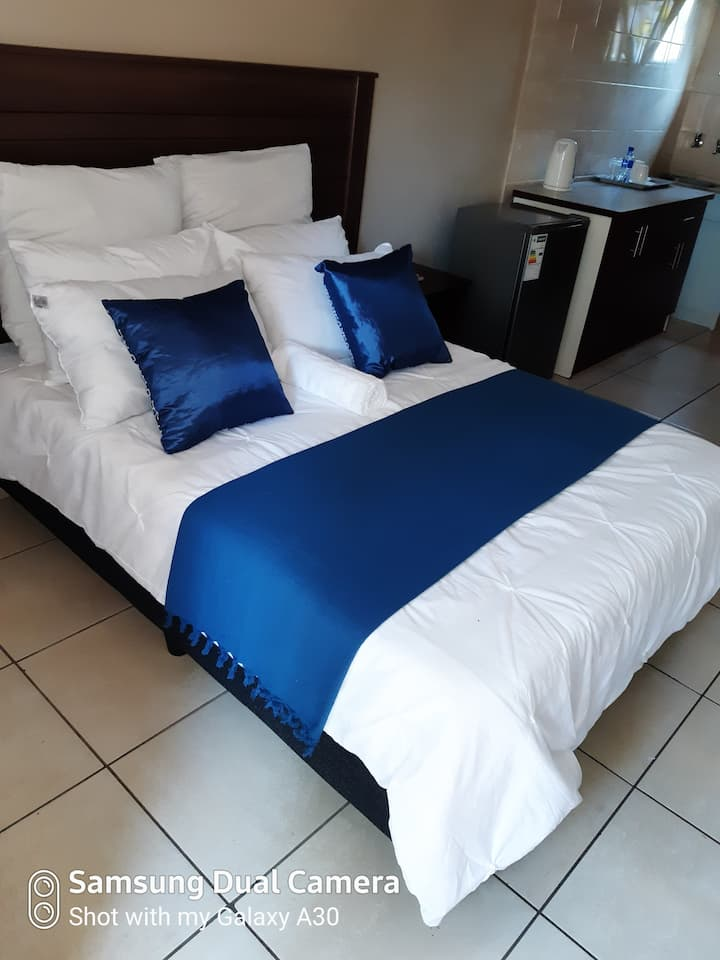 Fully furnished rooms for short stay, Pretoria