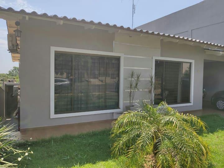 Casa Jardim Elisa I.